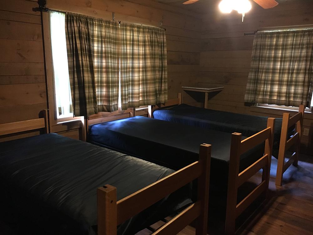 cabinbedroom1